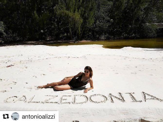 Оксана Сидоренко фото на пляже с рекламой