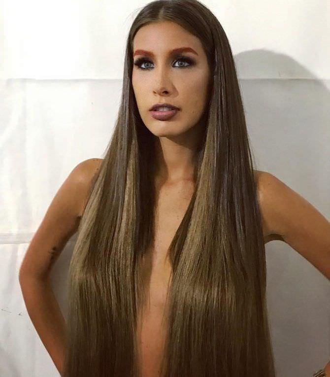 Кэти Топурия фотография с длинными волосами