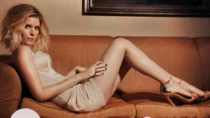 Кейт Мара фото в платье с корсетом