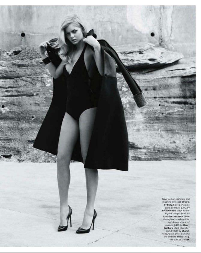 Самара Уивинг фото в журнале в купальнике