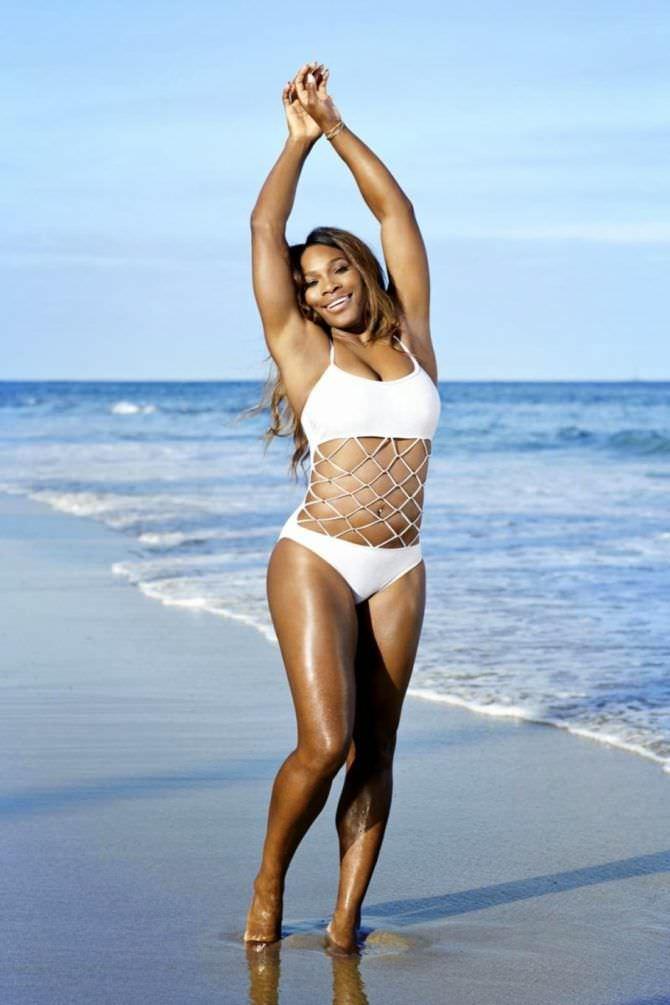 Серена Уильямс фото в бикини на берегу моря