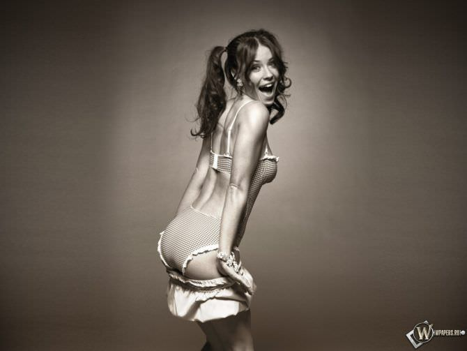 Эванджелин Лилли фото для журнала 2006