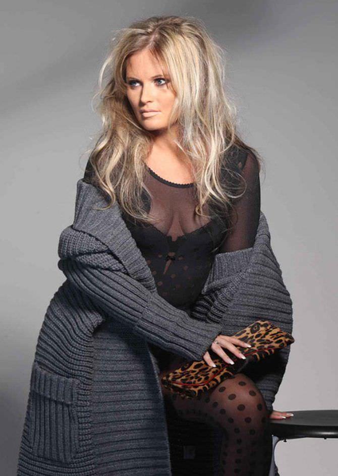 Дана Борисова фото в тёплой кофте