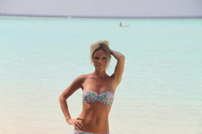 Дана Борисова фото в купальнике