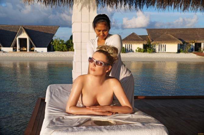 Лена Ленина фото во время массажа