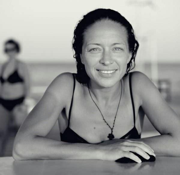 Серафима Низовская фото в купальнике