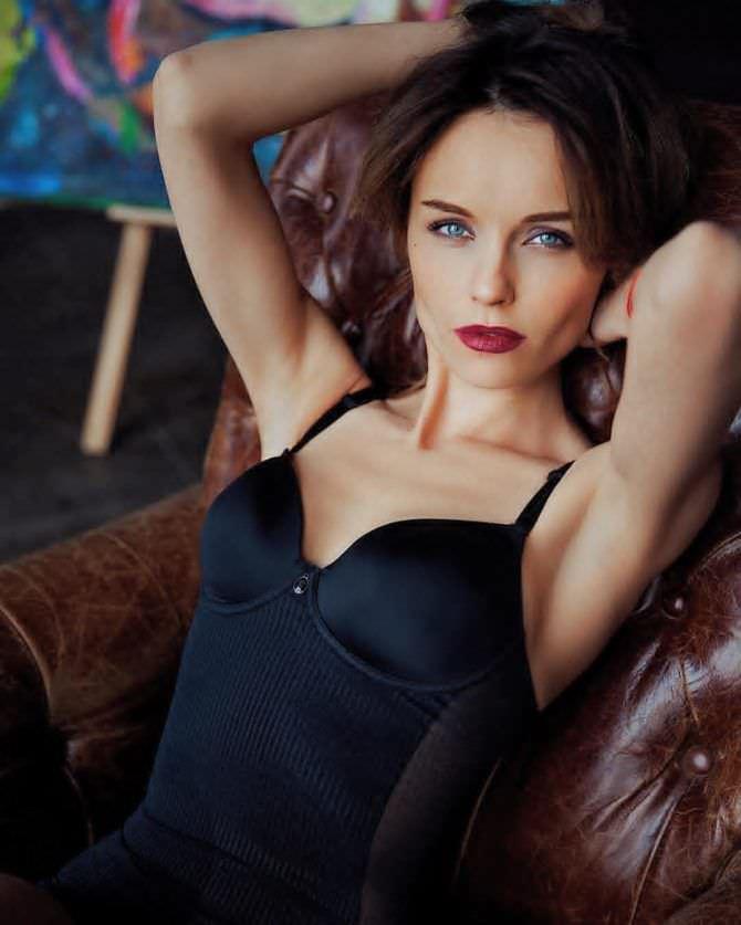 Юлия Подозёрова фотосессия в нижнем белье