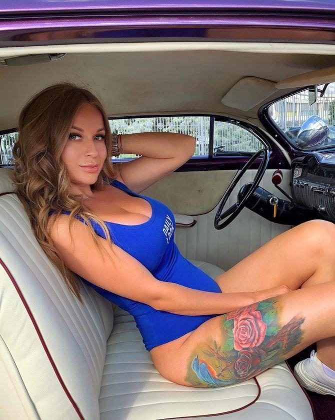 Софья Темникова фотография за рулём