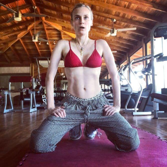 Диана Крюгер фото в бикини в спортзале