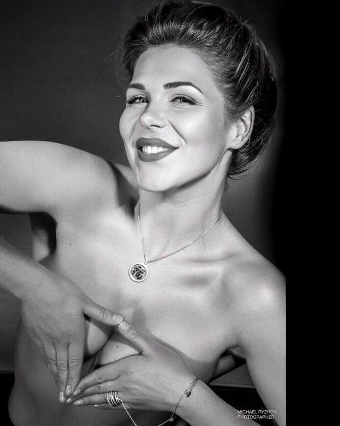 Виктория Лукина чёрно-белое фото