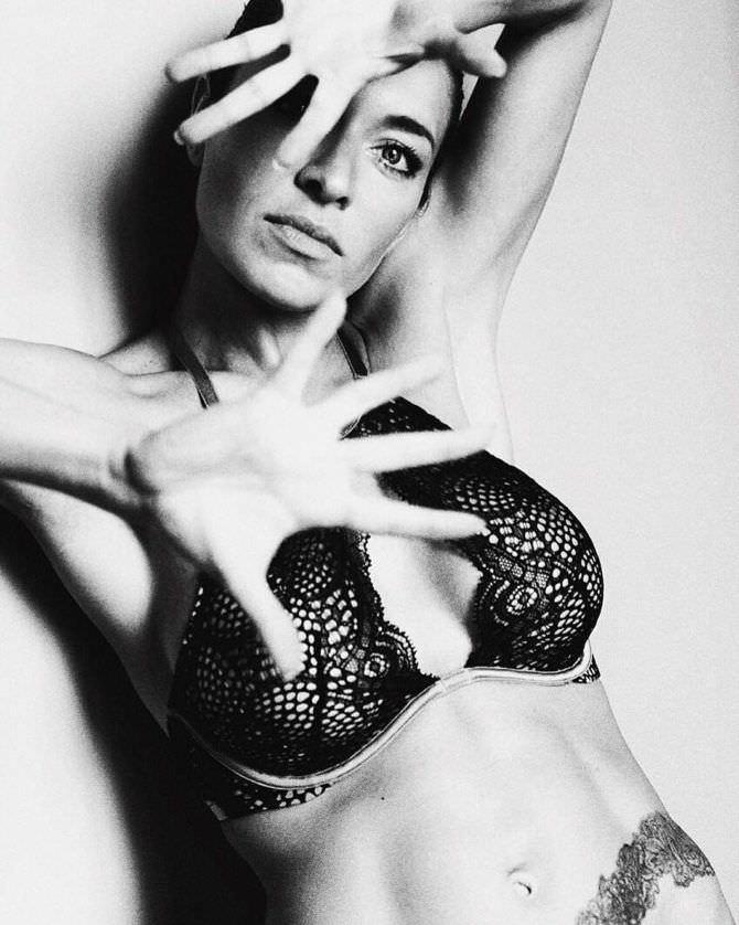 Серафима Низовская фото в кружевном белье