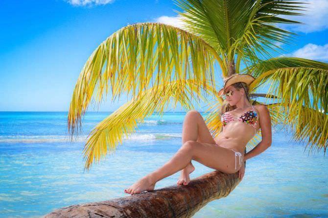 Виктория Лукина фотография на пальме