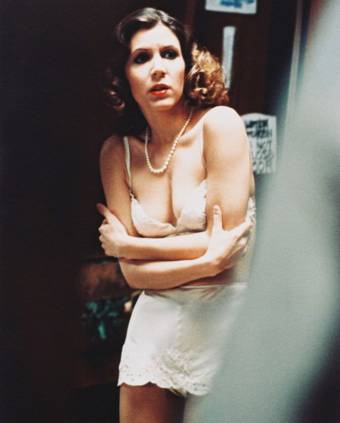 Кэрри Фишер фотография в молодости в нижнем белье