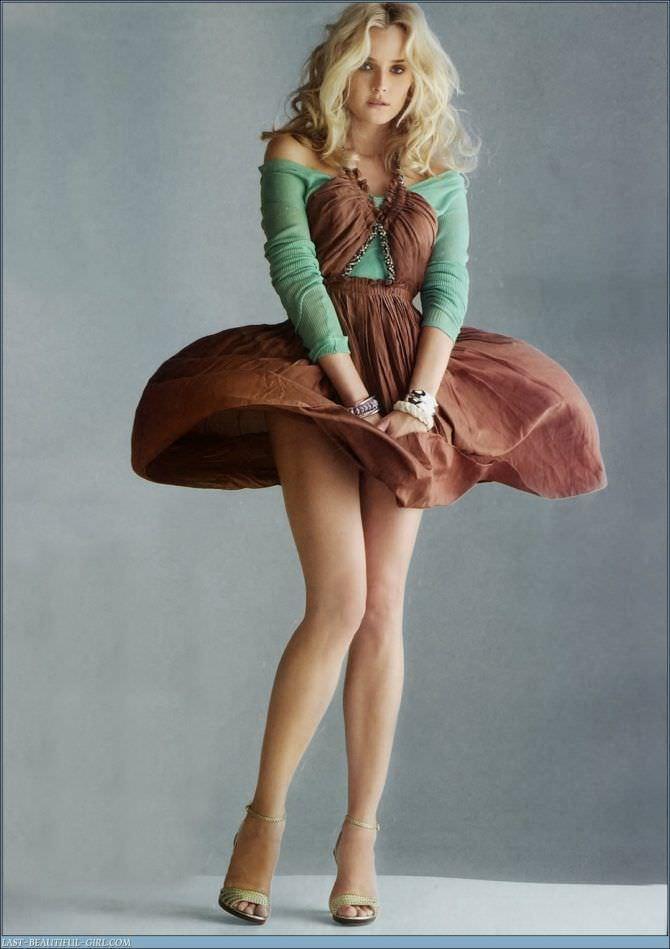 Диана Крюгер фото в разлетающемся платье