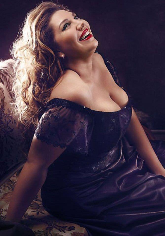 Екатерина Скулкина фото в вечернем платье