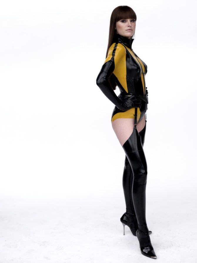 Малин Акерман фото в костюме из фильма