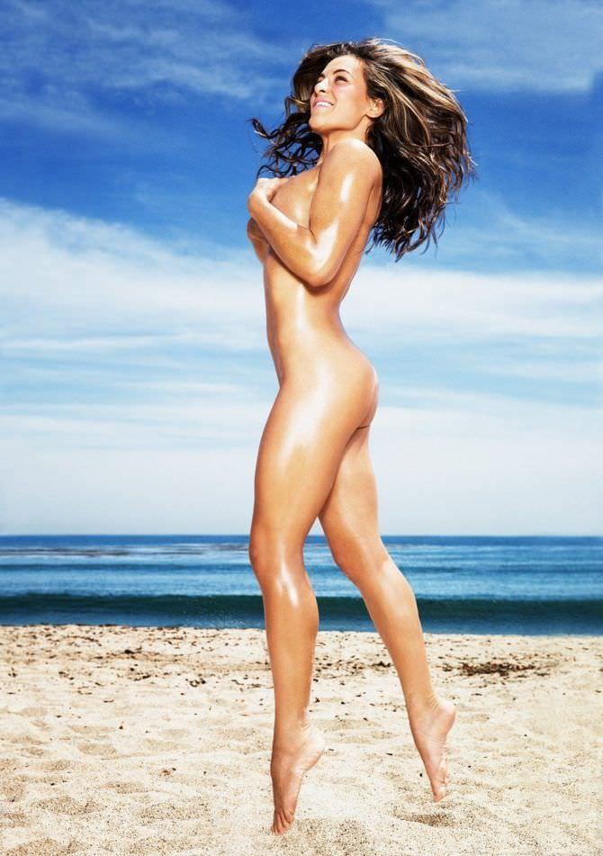 Миша Тейт фотосессия на пляже