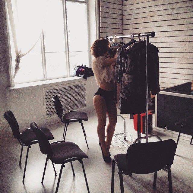 Анна Кошмал фото в студии