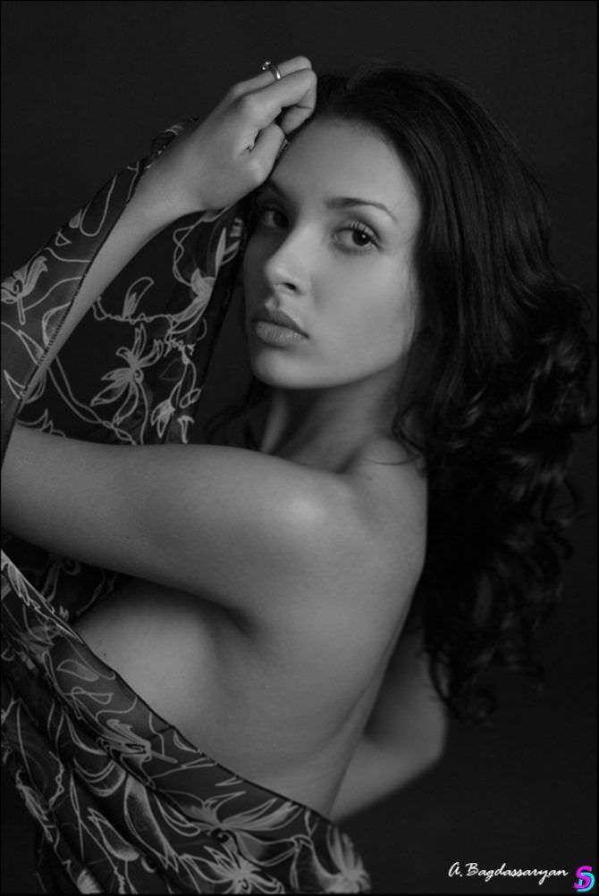 Ольга Дибцева фото с шёлковым платком
