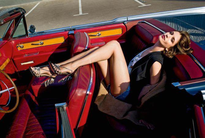 Анна Чиповская фото в кабриолете