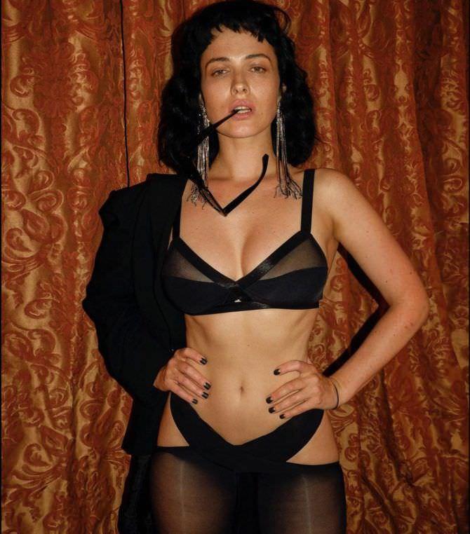 Даша Астафьева фото в черном нижнем белье