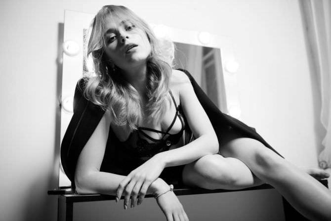Анна Кошмал свежая фотосессия в белье