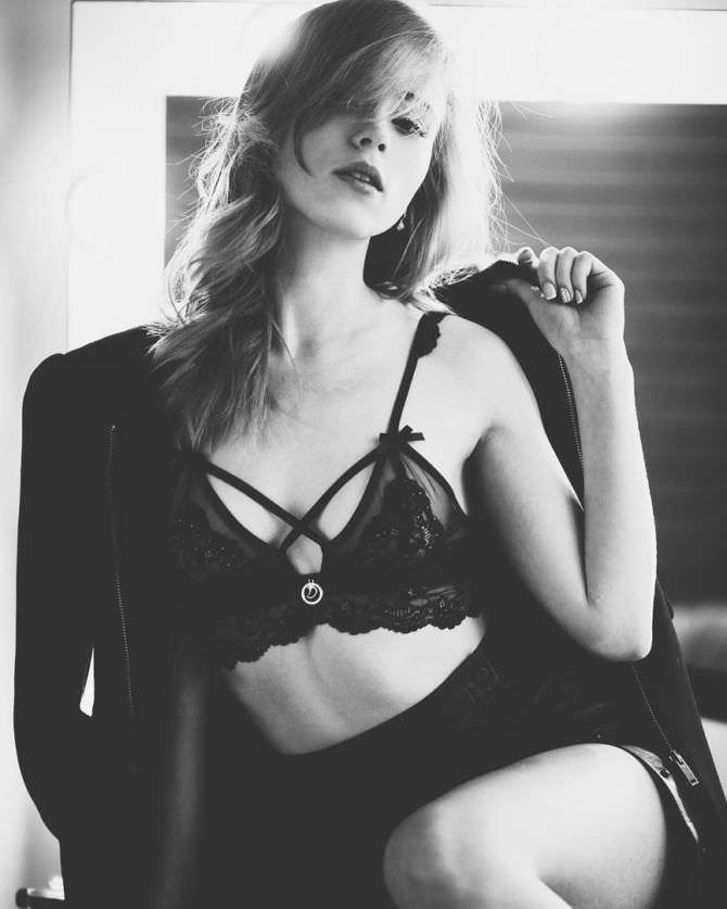 Анна Кошмал фотосессия в нижнем белье