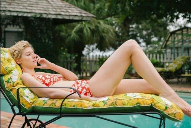Элизабет Дебики фотография в купальнике