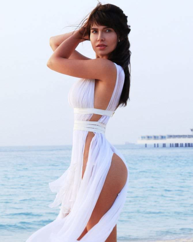 Мария Лиман фотография в белом платье