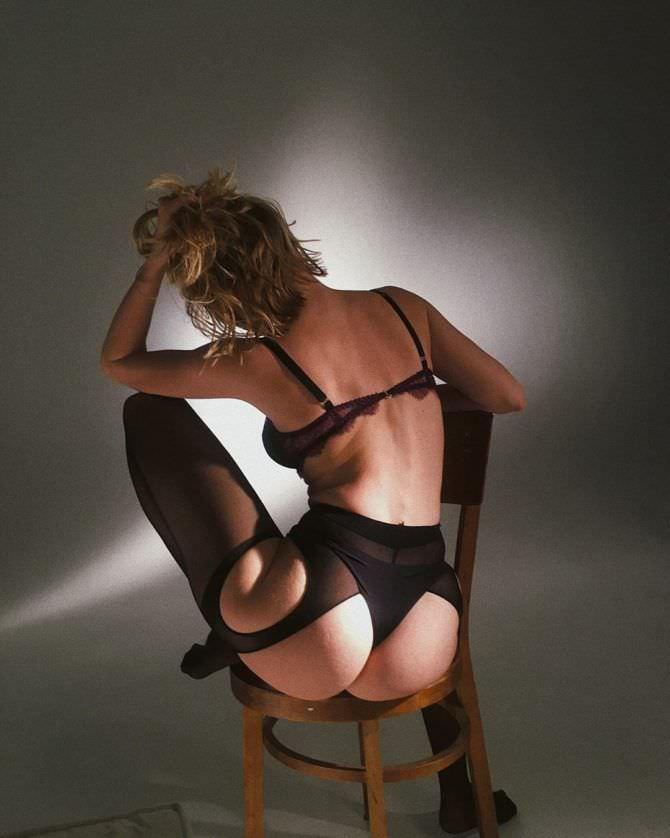 Елена Чернявская фото в нижнем белье сзади