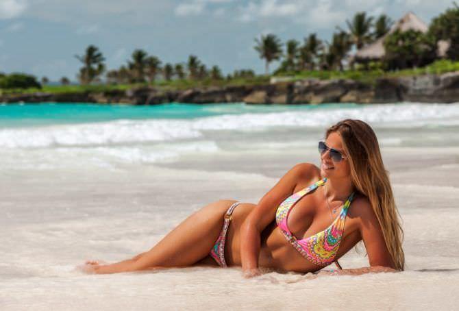 Юлия Ефимова фотография на песке