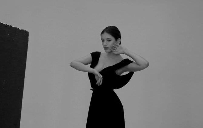 Анна Чиповская фото в красивом вечернем платье