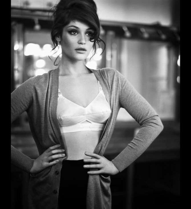 Джемма Артертон фотография в белье из инстаграм