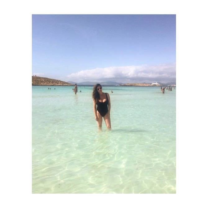 Люси Пиндер фотография в море