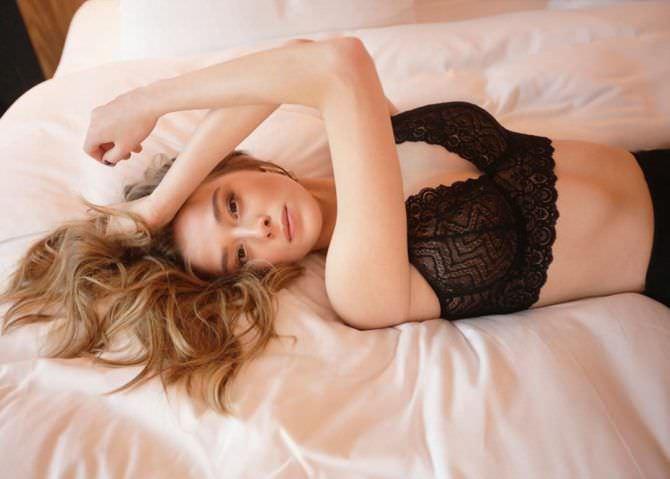 Милена Радулович фотография в красивом нижнем белье