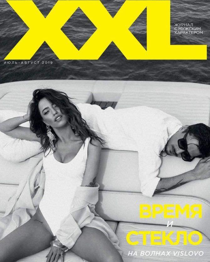 Надежда Дорофеева на обложке журнала XXL