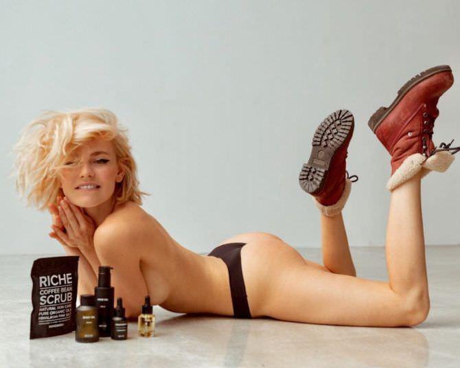 Елена Чернявская фотография в ботинках