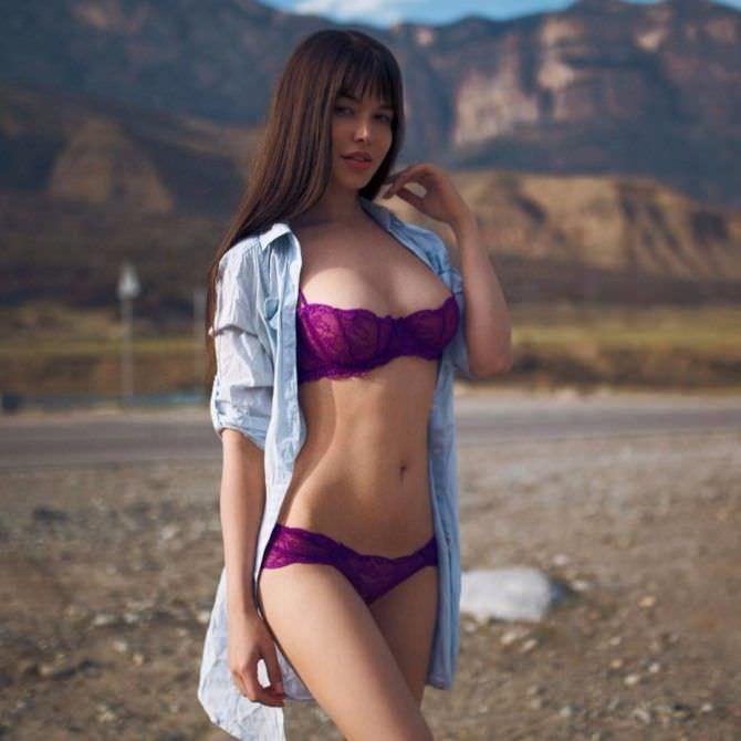 Мария Лиман фото в фиолетовом белье