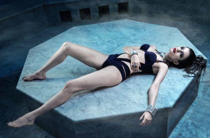Анна Чиповская фотография в купальнике для журнала