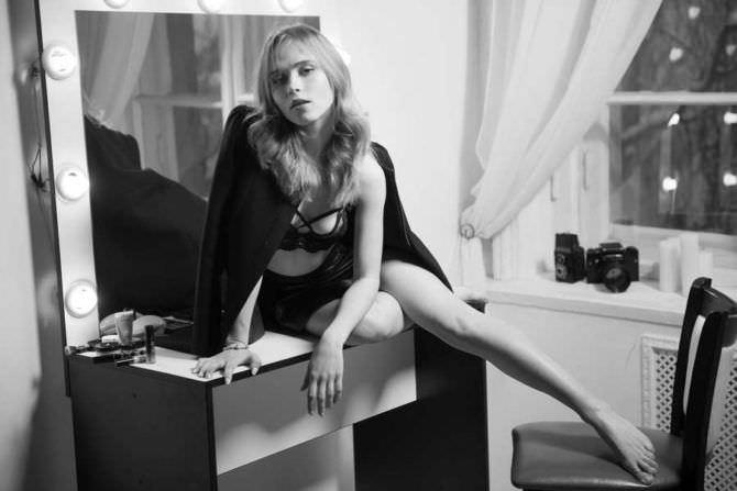 Анна Кошмал красивое фото в белье