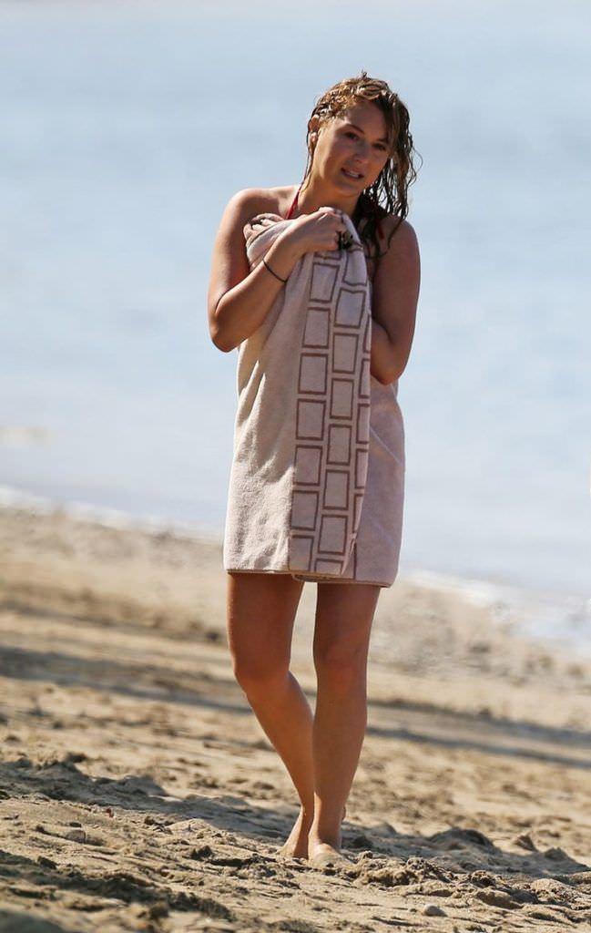Алекса Вега фото на пляже