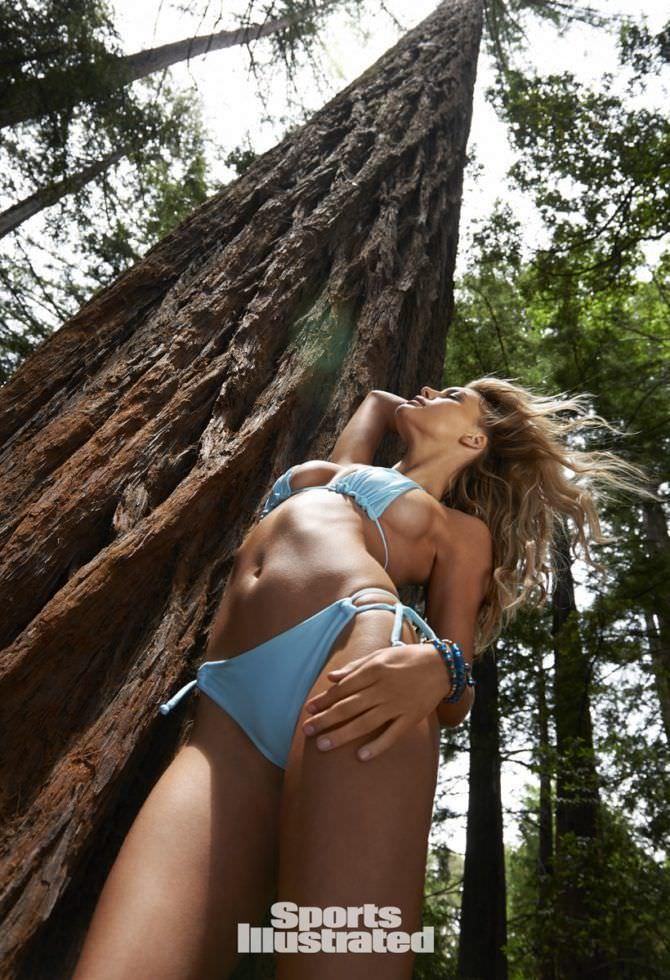 Келли Рорбах фотография с деревом
