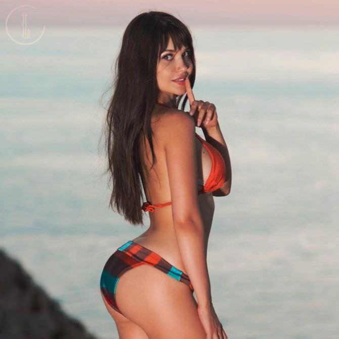 Мария Лиман фотосессия в бикини на пляже
