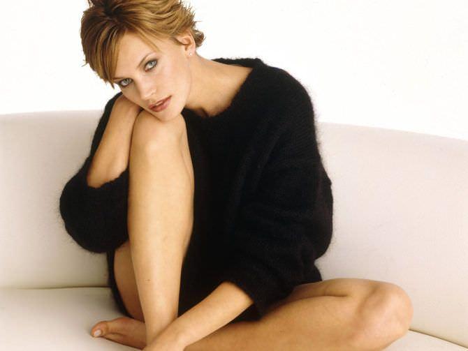 Наташа Хенстридж фотография в свитере
