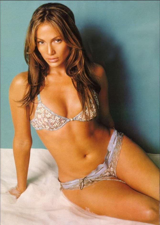 Дженнифер Лопес фото в молодости в бикини