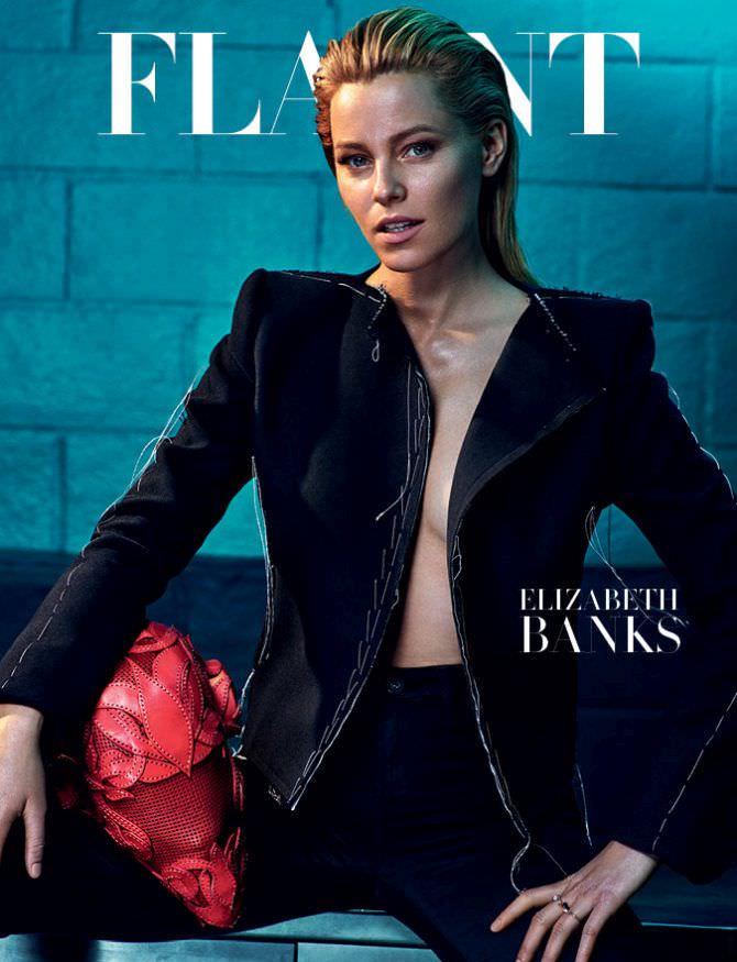 Элизабет Бэнкс фото в чёрном пиджаке