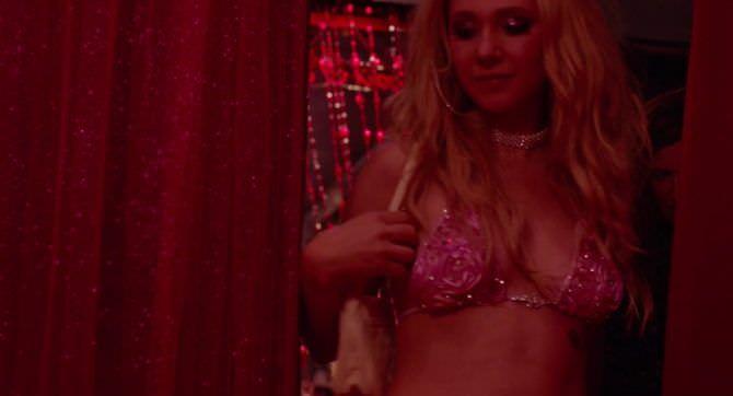 Джуно Темпл кадр в бикини