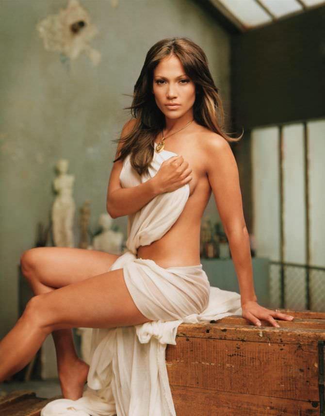 Дженнифер Лопес фото с обложки gq 2002