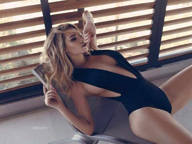 Татьяна Котова фото в куплаьнике для журнала
