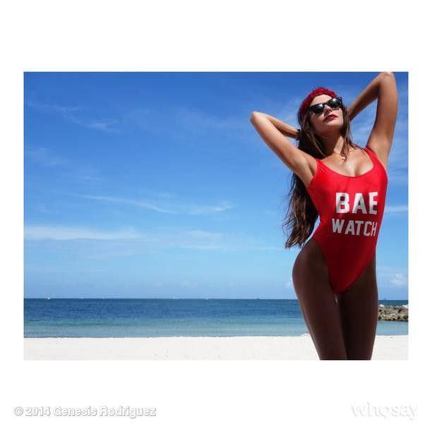 Дженезис Родригез фото в купальнике в инстаграм